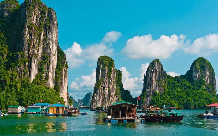 Vịnh Hạ Long lọt top những di sản đẹp nhất thế giới