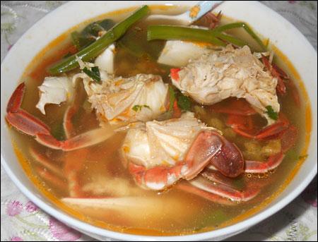 Món ngon Hạ Long - Ghẹ nấu canh chua.