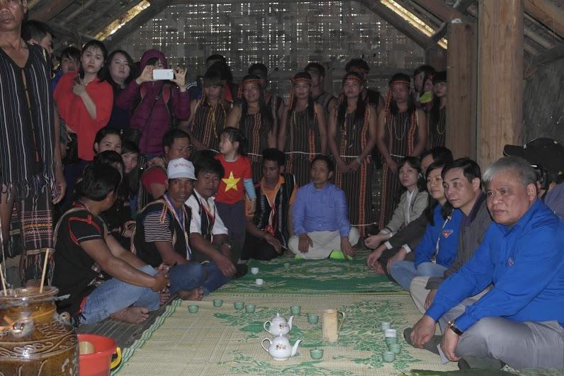 Lễ hội tạ ơn thần rừng của dân tộc Mạ