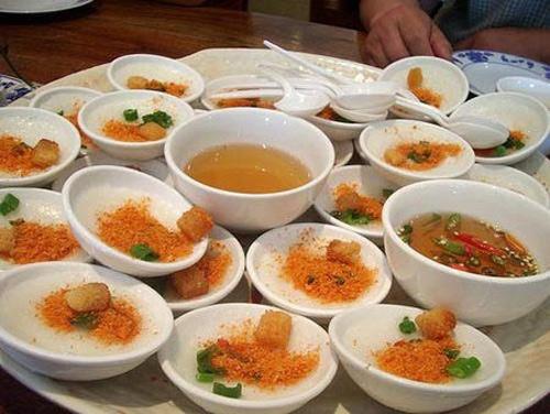 Bánh bèo chén - Đặc sản, món ngon ở Huế.