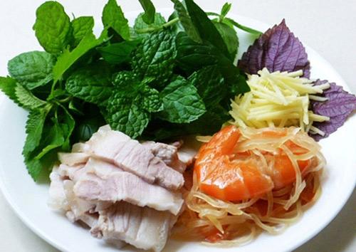 Tôm chua - Đặc sản, món ngon ở Huế.