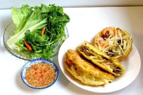 Bánh khoái - Đặc sản, món ngon ở Huế.