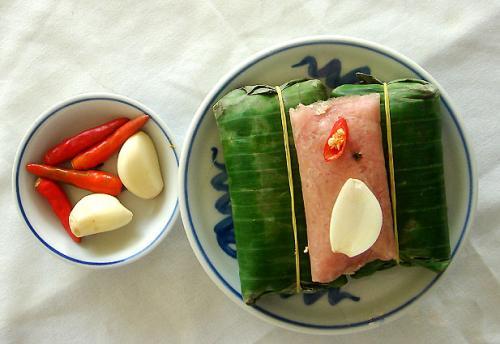 Nem Chua Huế - Đặc sản, món ngon ở Huế.