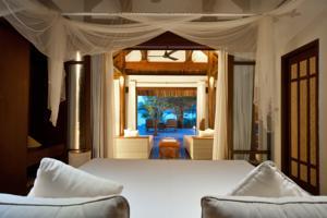 Biệt thự 1 Phòng ngủ nhìn ra Bãi biển và có Hồ bơi