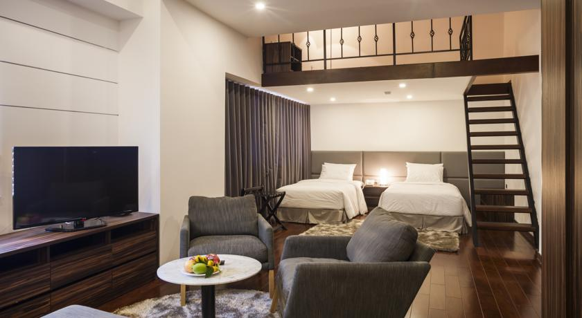 Khách sạn Charm Suite Saigon