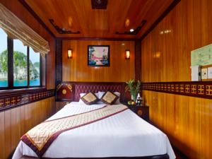 Cabin Premier Giường Đôi/2 Giường Đơn - 2 Ngày 1 Đêm