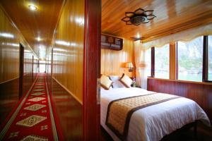 Giường Đơn trong Phòng ngủ tập thể (2 Người lớn) - 3 Ngày 2 Đêm