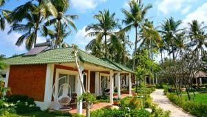 Vùng Biệt thự Xanh - Bungalow Nhìn ra Hồ bơi (2 Người lớn)
