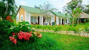 Vùng Biệt thự Xanh - Bungalow Nhìn ra Vườn