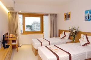 Phòng Deluxe 2 Giường Đơn với Tầm nhìn ra Thành phố