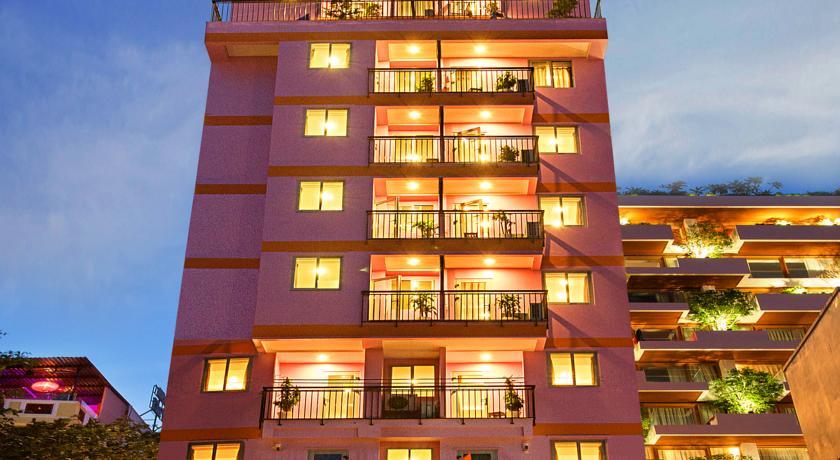 Khách sạn Golden Rain 2
