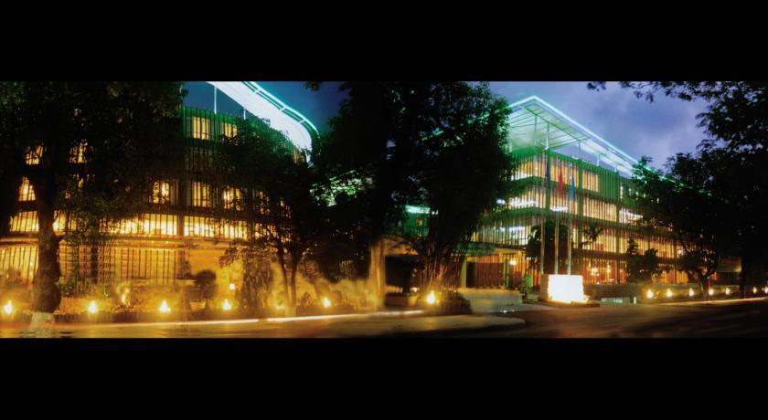 Khách sạn Xanh Huế