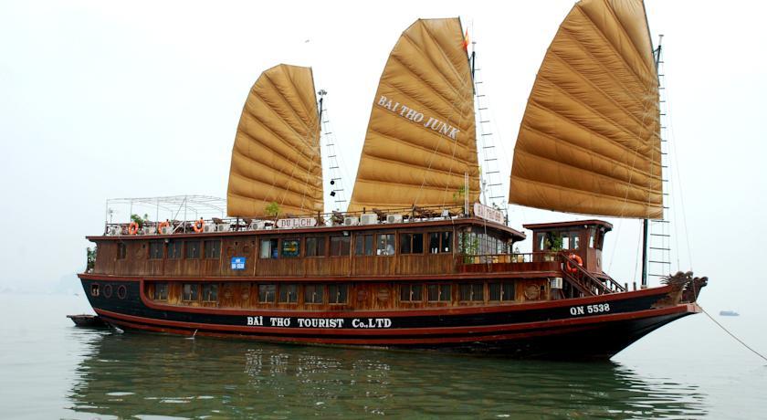 Du thuyền Hạ Long Sails