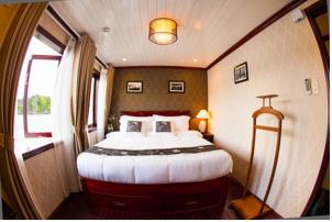 Phòng Giường đôi/2 Giường đơn (Chuyến khám phá bằng thyền Kayak 3 Ngày 2 Đêm)
