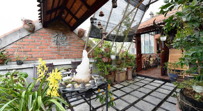 Khách sạn Garden Queen