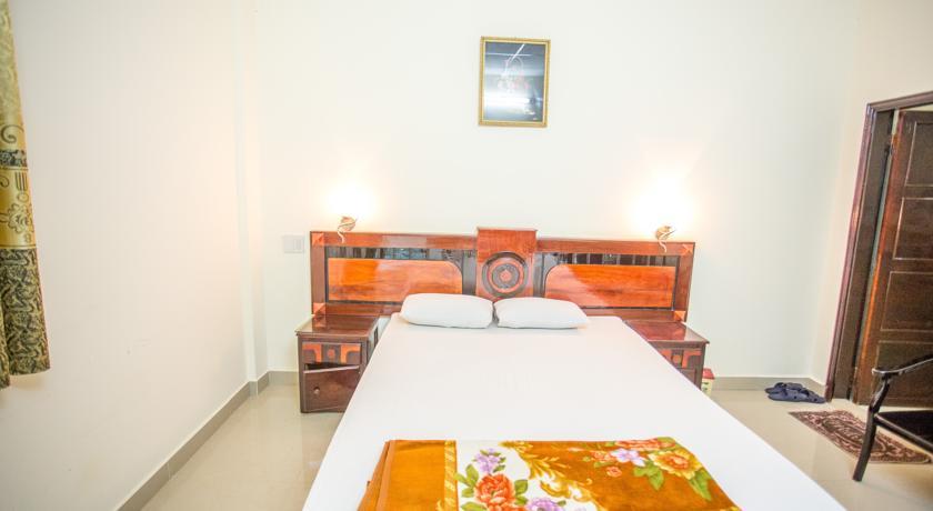Khách sạn Hương Vỹ 3