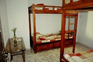 Giường Đơn trong Phòng ngủ tập thể 4 Giường chỉ dành cho Nữ