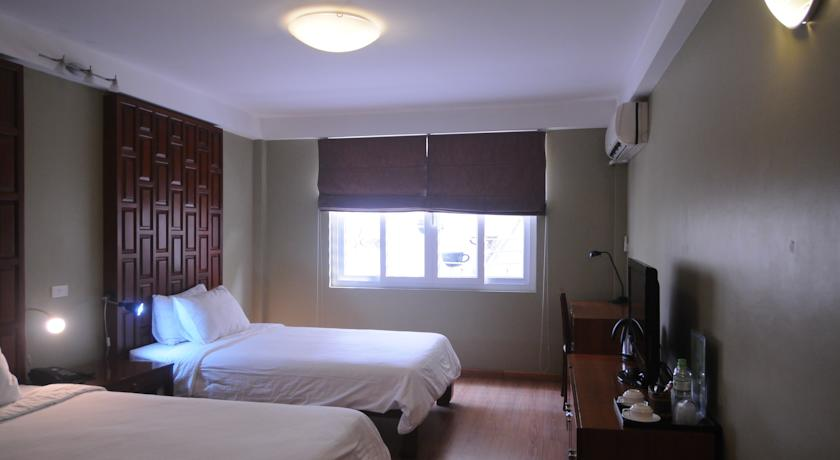 Khách sạn Josephs - Ấu Triệu