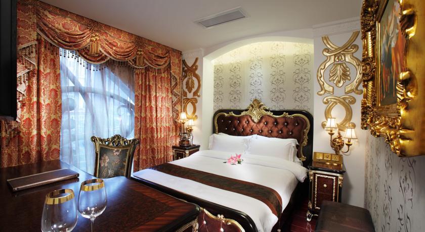 Khách Sạn A & EM Đông Du