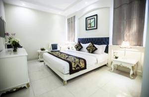 Phòng Deluxe Giường Đôi (Không Cửa sổ)