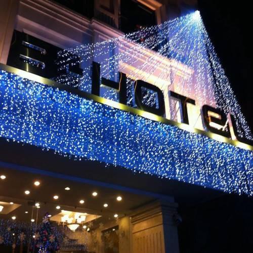 Khách Sạn B