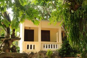 Bungalow Nhìn ra Vườn (4 Người lớn)