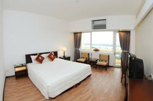 Phòng Deluxe Giường Đôi Nhìn ra Hồ