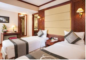 Classic Double or Twin Room - 2 nights hotel + 1 night cruise