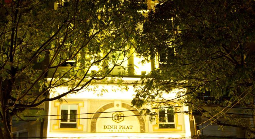 Khách Sạn Đình Phát