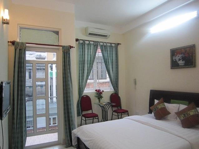 Khách Sạn Đông Huy