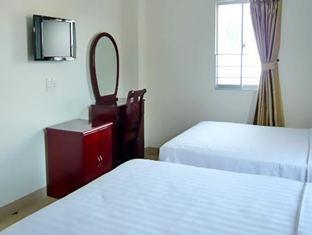 Room 5 Single bed