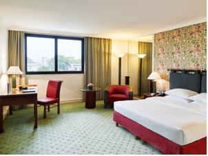 Phòng Hilton Deluxe Giường Đôi