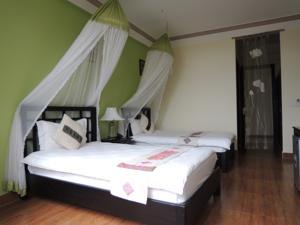 Phòng Deluxe 2 Giường Đơn kèm Quạt điện