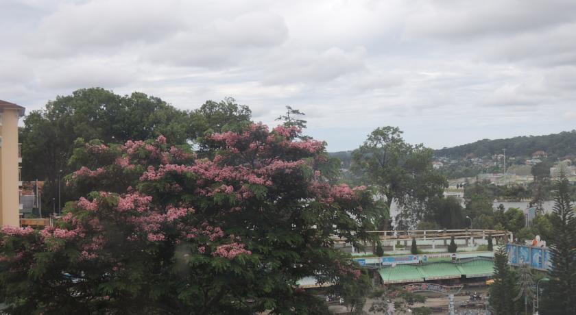 Khach Sạn Hoàng Việt 2