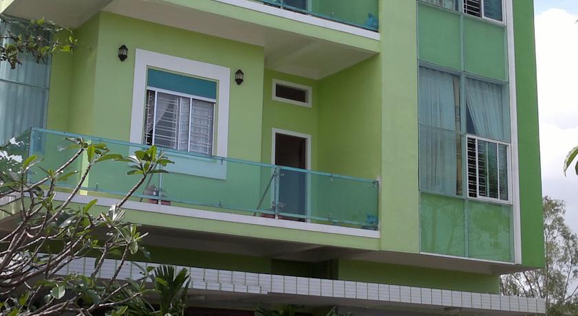 Khách Sạn Hùng Lâm