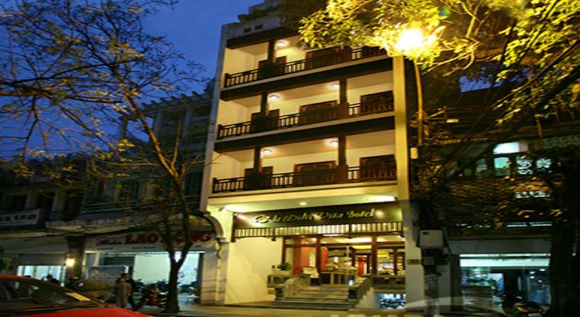 Khách Sạn La Dolce Vita