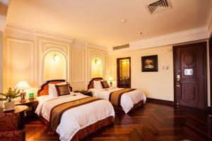Phòng Colonial Deluxe Giường Đôi/2 Giường Đơn Nhìn ra Thành phố Không bao gồm Bữa sáng