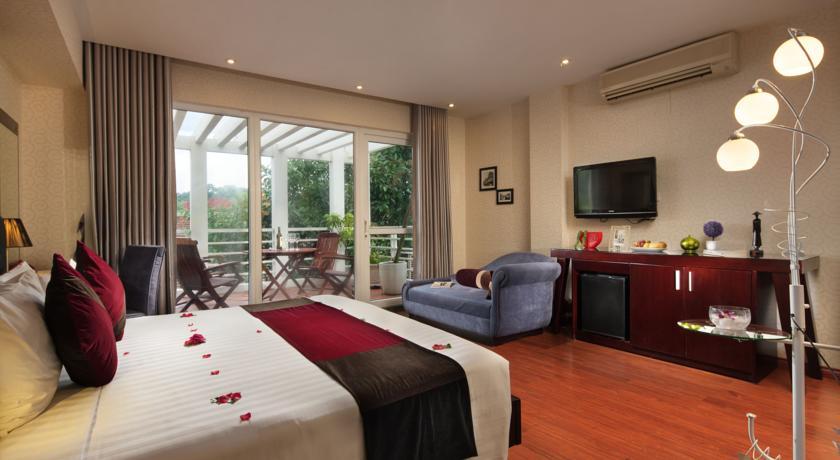 Khách Sạn Moment 2