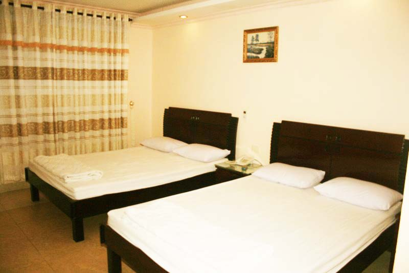 Superior ( 3 Single bed )