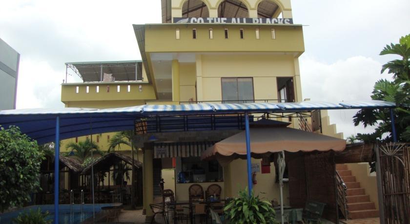 Khách Sạn Oasis