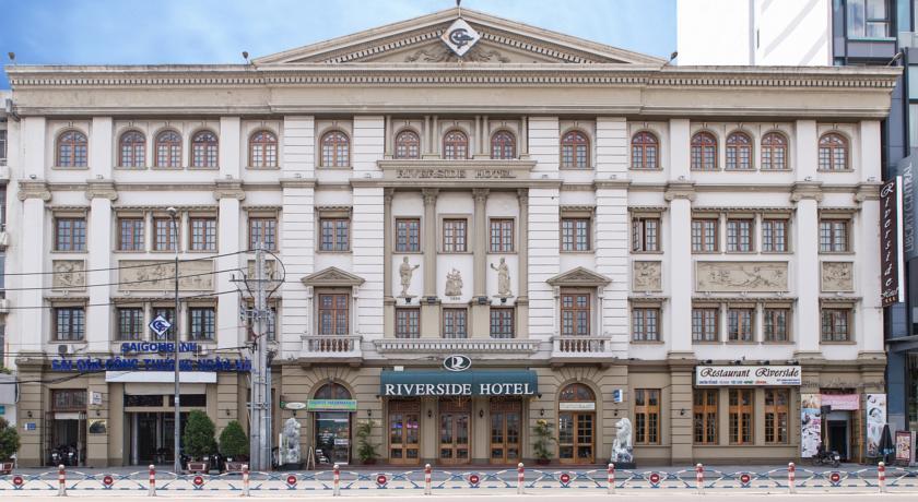 Khách sạn Riverside