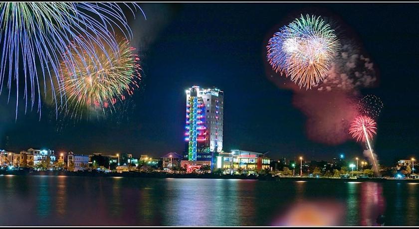 Khách Sạn Riverside Đà Nẵng
