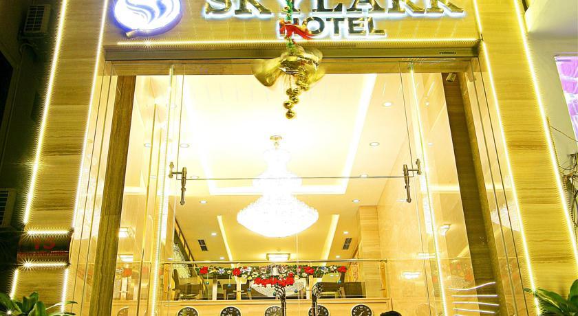 Khách Sạn Skylark
