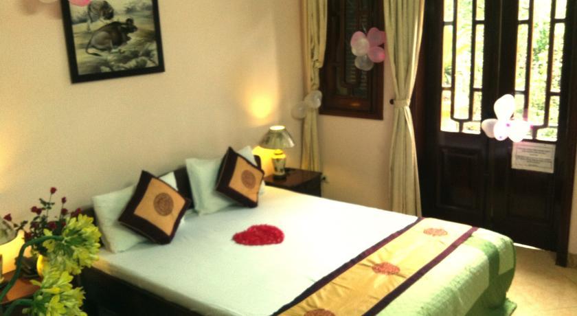 Khách Sạn Tùng Trang