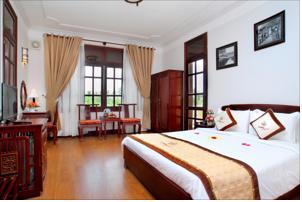 Phòng Deluxe Giường Đôi/2 Giường Đơn Nhìn ra Hồ bơi/ Khu vườn