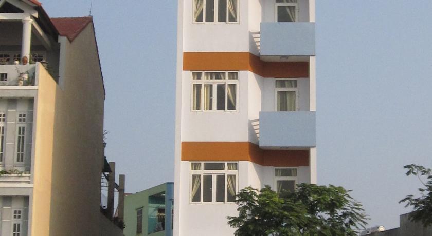 Khách sạn Lyly