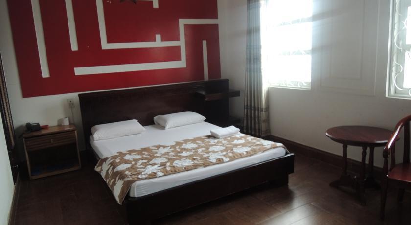 Khách sạn Nhật Vân 1
