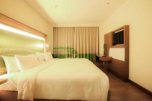 Phòng Executive có giường cỡ King với quyền lui tới Executive Lounge