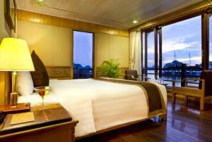 Suite Royal Nhìn ra Đại dương - 2 Ngày 1 Đêm