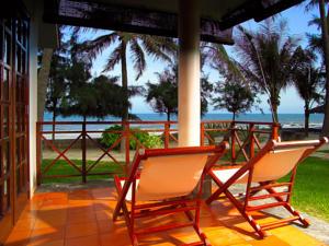 Biệt thự Nhìn ra Bãi biển 2+